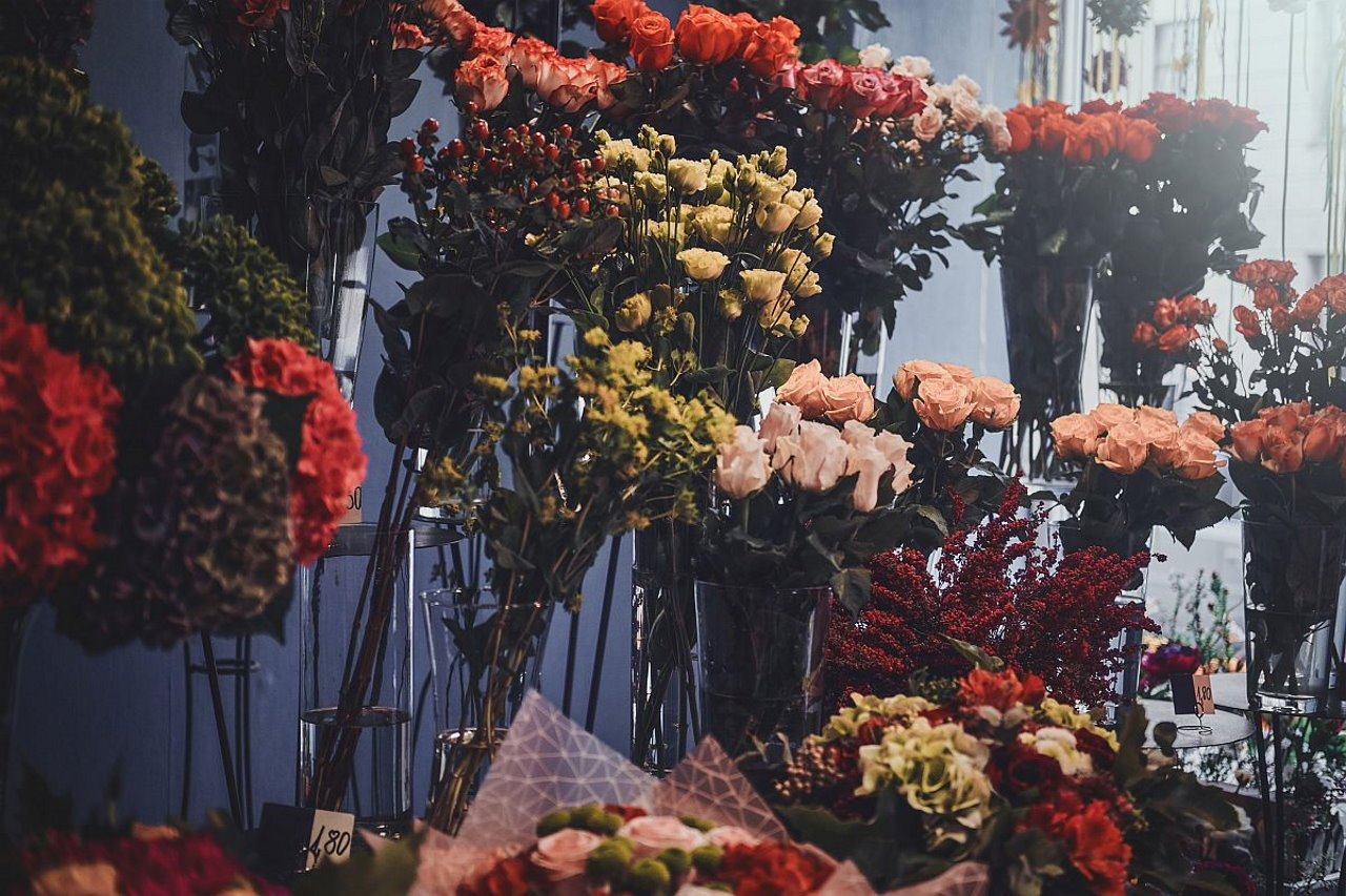 Jak powinna wyglądać dostawa kwiatowa?